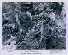 AIE-121 Vintage Photo Movie THE SWISS FAMILY ROBINSON John Mills