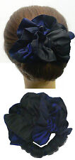 Make a bun and a hairbow with Twist 'n' Twirl - Style Satin Blue Black