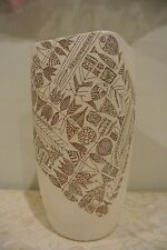 Vintage Mid-Century Modern Japanese Vase Decorated with Fish