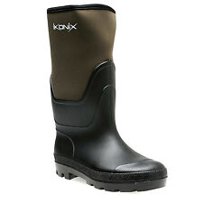 Ikonix Neoprene countryman boots.Warm & 100% waterproof .Available in 5 sizes