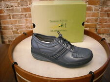 Joy Mangano NAVY Toggle GetFit Tennis Shoes BY Grasshoppers NEW