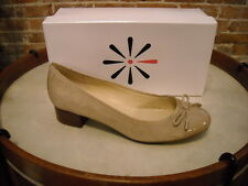 Isaac Mizrahi Kenny Natural Suede & Patent Cap Toe Bow Pumps NEW
