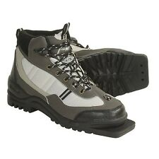 New Whitewoods 301 XC Size 42 cross country 75mm 3 Pin ski boots (8M 9.5W 41EUR)