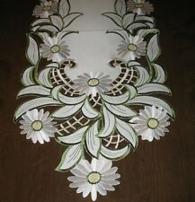 "Table Linens White Daisy cutwork Runner (68""x13"") or Topper (34"" square)  [922]"