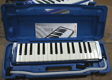 Melodica HOHNER Student 32 keys piano, 32 notes Instrument new with case