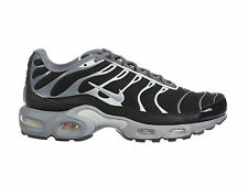 NEW MENS NIKE AIR MAX PLUS TRAINING SHOES TRAINERS COOL GREY / WOLF GREY / WHITE