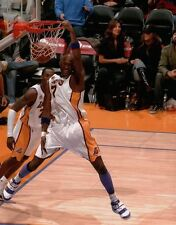 Lamar Odom Unsigned 8X10 High Quality Lakers Photo Photograph One Handed Dunk