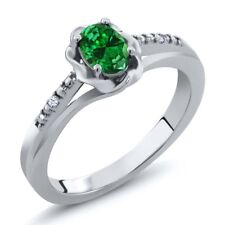 0.37 Ct Green Simulated Emerald White Created Sapphire 925 Sterling Silver Ring
