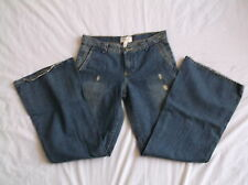 ABERCROMBIE WOMENS DISTRESSED JEANS NEW