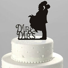 Personalized Mr&Mrs Wedding Cake Topper Cake Decor Bride and Groom Romantic Kiss