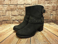 Ladies Clarks Black Nubuck Leather Zip Fastening Mid Heel Ankle Boots Size UK 5D
