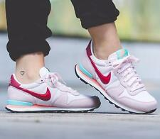 NIKE AIR MAX WOMENS INTERNATIONALIST PEARL PINK ALL SIZES NEW HUARACHE TRAINERS