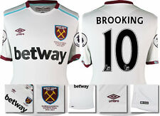 *16 / 17 - UMBRO ; WEST HAM UTD AWAY SHIRT SS + PATCHES / BROOKING 10 = SIZE*