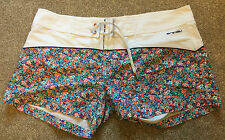 WORN ONCE ANIMAL FLORAL DESIGN WOMENS BEECH SURF SHORTS UK 18 COST £65