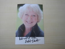 Susie Blake (Wild At Heart, Coronation Street) hand signed RARE **FREE POST**