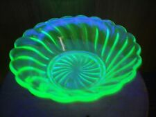 VINTAGE BAGLEY ART DECO GREEN URANIUM GLASS SMALL DESSERT BOWL CARNIVAL VGC