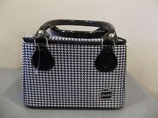 CABOODLES TRAIN CASE MAKEUP ORGANIZER IT BAG SASSY ORGANIZER  BLACK PLAID