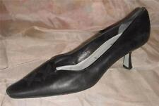 """Cynthia Rowley Sz 8 Black Leather 2-1/2"""" Sculpted Kitten Heels Shoes Made Italy"""