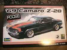 Revell Monogram Foose 1969 Chevrolet Camaro Z/28 model kit 1/12