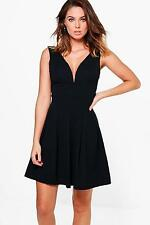 Boohoo Womens Alessia Low Cut Pleated Skater Dress