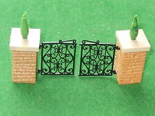 BRITAINS FLORAL GARDEN  GATES WITH HINGES PILLARS & CONIFERS