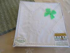 UNUSED Vtg TERESA's Irish Linen TEA CLOTH Luncheon Set SHAMROCKS Ireland
