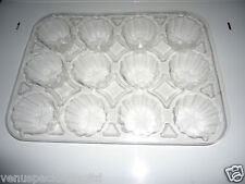 Cheap Disposable Plastic Baking Food Tray/Pan/Mould/Cup Cake Tin 12 compartments