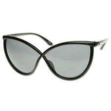 Extraordinary Unique Super Oversized Cat Eye Sunglasses Detailed Temple 8523