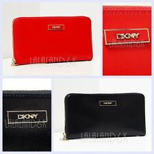 DKNY DONNA KARAN NEW YORK SHINY SAFFIANO TEXTURED LEATHER ZIP CLUTCH WALLET BAG