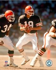 Bernie Kosar Cleveland Browns NFL Action Photo IY129 (Select Size)