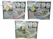 BEE BO NEWBORN BABY INFANT BOY GIRL EMBROIDERED PHOTO ALBUM BOOTEES GIFT SET BOX