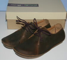 WOMENS LADIES BNWB CLARKS ARTISAN JANEY MAE BEESWAX LEATHER SHOES SIZE UK 5.5D