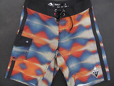 New Mens Reef Daimond Waves Black Boardshorts Swim Shorts Size 28