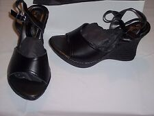 Le Matin Women's Wedge Sandal in Black - Made in Italy - Raffia Woven Bottom NIB