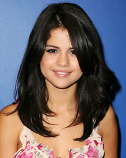 SELENA GOMEZ HEAD AND SHOULDERS PORTRAIT PHOTO OR POSTER