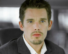 ETHAN HAWKE COLOR PHOTO OR POSTER