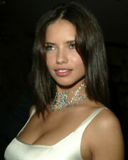 ADRIANA LIMA BUSTY COLOR PHOTO OR POSTER