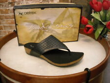 Aetrex Tamara Black Leather Comfort Thong Sandal NEW