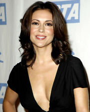 Alyssa Milano Stunning Color Poster or Photo