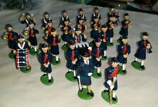 VINTAGE POSSIBLY BRITAINS LEAD WOMENS INFANTRY MARCHING BAND SOLDIERS