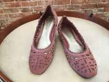 Tignanello Layla Rose Pink Suede Cutwork Ballet Flats New