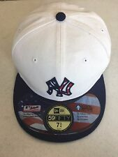 NEW ERA NEW YORK YANKEES WHITE FITTED HAT W/ UNIQUE USA FLAG NY LOGO FITTED HAT