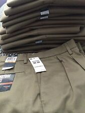 Dockers D4 Men's Signature Khaki Relaxed Classic Fit Pleated Pants many sizes