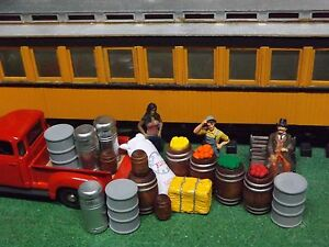 g scale farmers market fruit stand