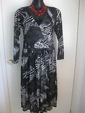 SIZE 14 SMART FLATTERING BLACK ANIMAL PRINT DRESS - SASH