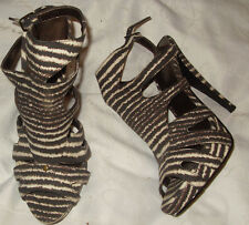 New Look, brown, striped, shoes. ankle strap. 1'' plat. 5'' heel. size 5. NEW