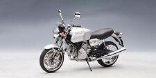 AUTOart 12547 DUCATI GT1000 die cast model motor bike silver 1:12th scale
