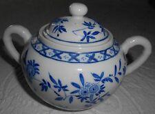 ZUCKERDOSE weiß mit blauem floralen Muster, Porzellan - Neu - für Sammlung
