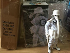 ASHLEY WOOD 3A 3AGO DUO DE PLUME FIGURE THREEA