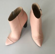 Designer Ko Fashion Odd Pair Size Left 40 Right 39 Chorus Ankle Boots Pink